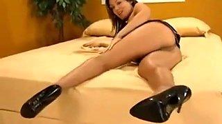 Sienna west masturbate with seamless pantyhose dildo