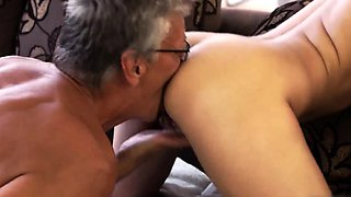 Japan old girl sex and woman teacher What would you prefer -