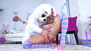 Sexy rabbit Marsha May can take even the biggest cock up her anus!