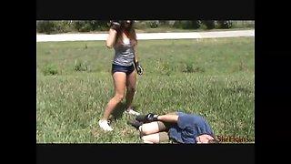Outdoor fight rachel vs english guy