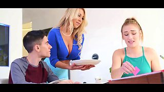 Mom blows daughters bf while studying