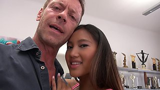 Lustful threesome with a cock-famished Japanese bomb May Thai