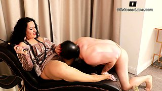 Cfnm femdom fetish brit fucks cfnm loser until he cums