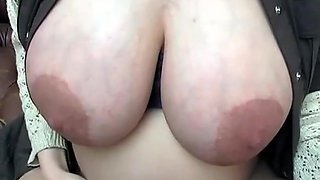 Pregnant Vicky pissing