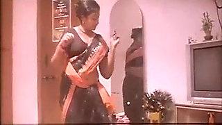 Maid Panimanishi Kasi lanja sollu kasi ga pisikadu