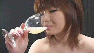 24 Women who drink sperm for 4 hours