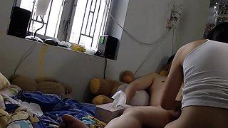 Chinese couple fucks on cam