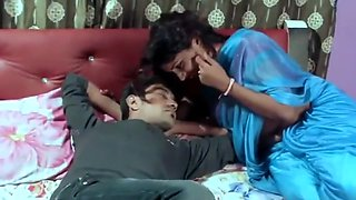 Indian Lady Seducing Young Boy for sex