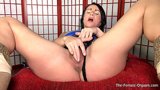 Kora Angel Rubs Her Amazing Big Clit To A Contracting Orgasm
