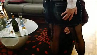 Fetish clip with bisexual threesome