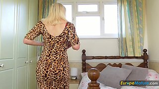 All alone mature woman is quite ready to pet her own soaking mature pussy