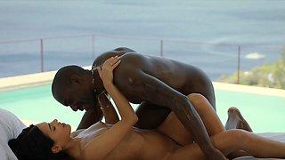 BLACKED Spanish Model Hooks Up With BBC