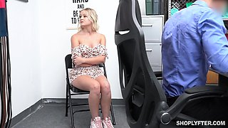 Caught guilty bitch Natalia Queen is punished missionary hard on the desk