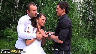 Gang bang in fresh air with slutty bride