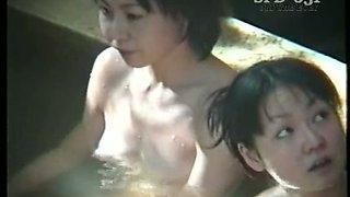 Amateur bathing Japanese brunette ladies is caught on spy cam