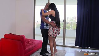Big bottomed Colombian cowgirl Andreina Deluxe gets nailed missionary