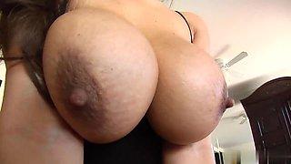 Cum load on big tits of latina Yurizan Beltran