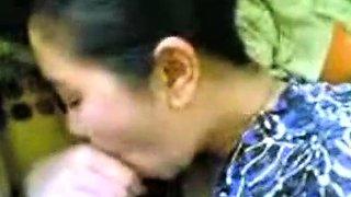 malay-laki bini romen milf making love with husband