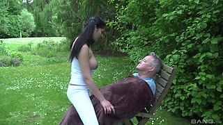 Old guy gets lucky and fucks sweet pussy of adorable Eva Mercedes