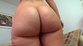 girl knows to use camel toe segment feature 1