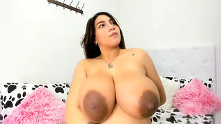 Pregnant model 15-08-2020