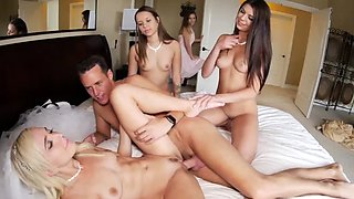 Daddy and compeer fuck 's pal's step daughter first time Bri
