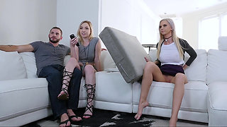 Cmagirl mommy masturbating