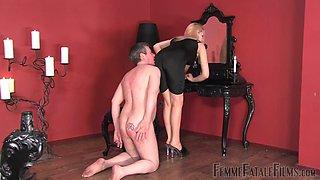 Mistress demands bedroom worship of her marabou slippers