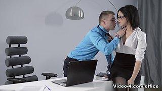 Sheri Vi in Overtime Scene