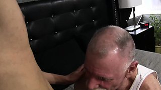 Scott Reynolds Fucks Prince Ali