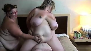 3 SSBBWS Massage and Face Sit a Freaky Fan