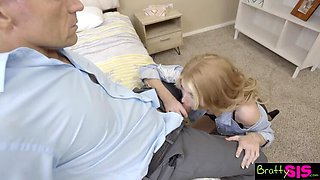 Randy Stepdaughter gives Nice Hummer