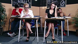 Brazzers - Hot And Mean - Cameron Canada Celeste Star - Seducing a Straight Girl