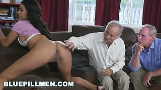 Blue Pill And Aaliyah Hadid In A Couple Of Old Men Have Fun With Young