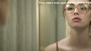 Freya Mavor - The Lady in the Car with Glasses and a Gun (2015)